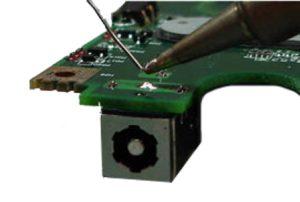 החלפת שקע טעינה למחשב נייד לפטופ